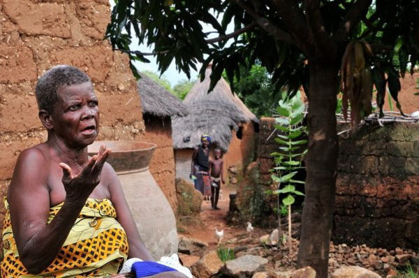 vielle-femme-africaine